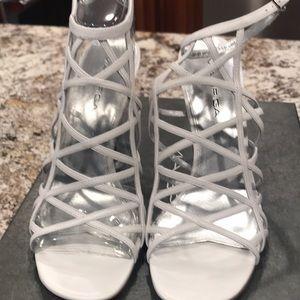 Via Spiga V-Liv-White Calf Sandal NWT, Leather